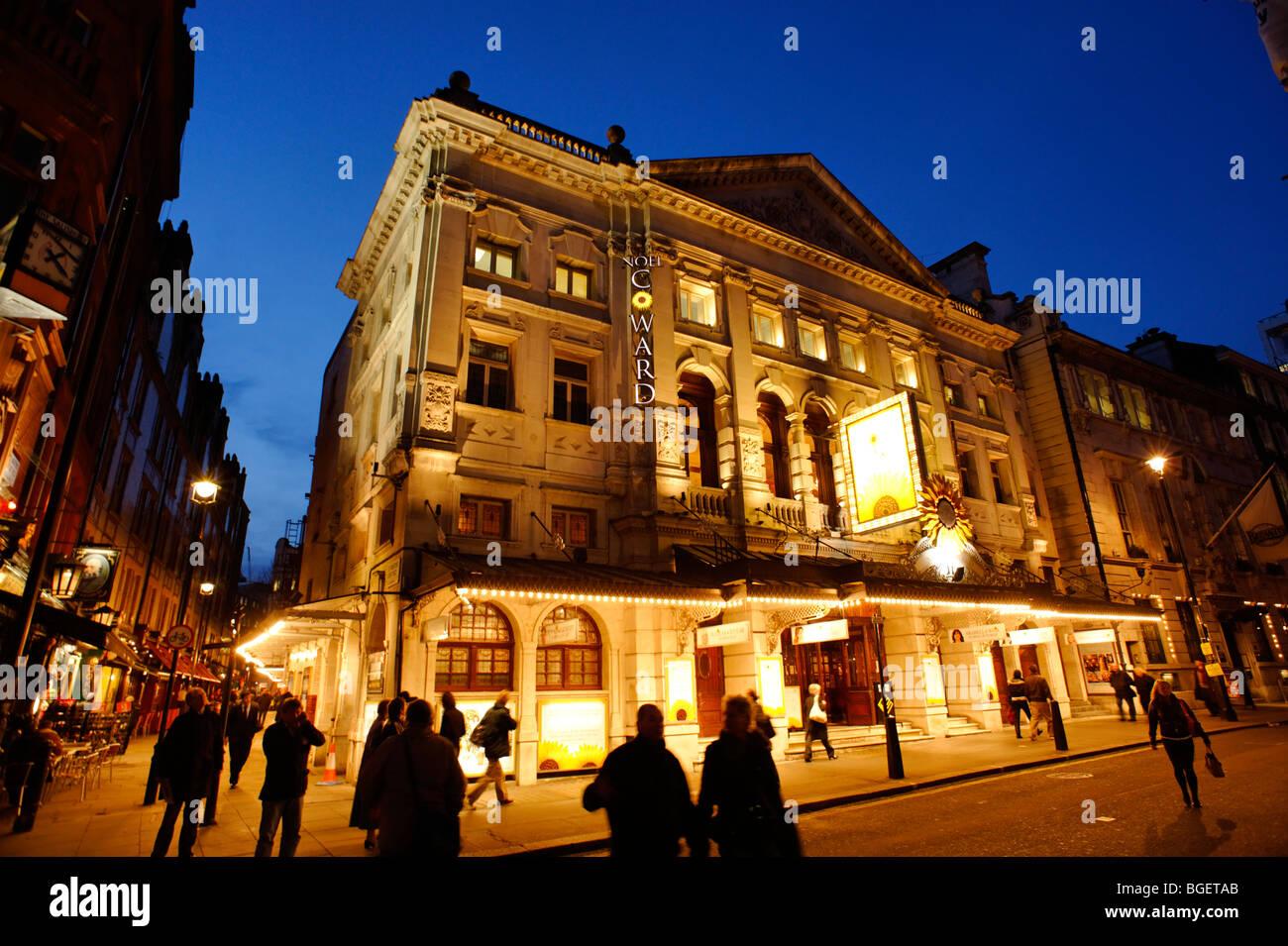 Noel Coward Theatre. Londres. UK 2009. Photo Stock