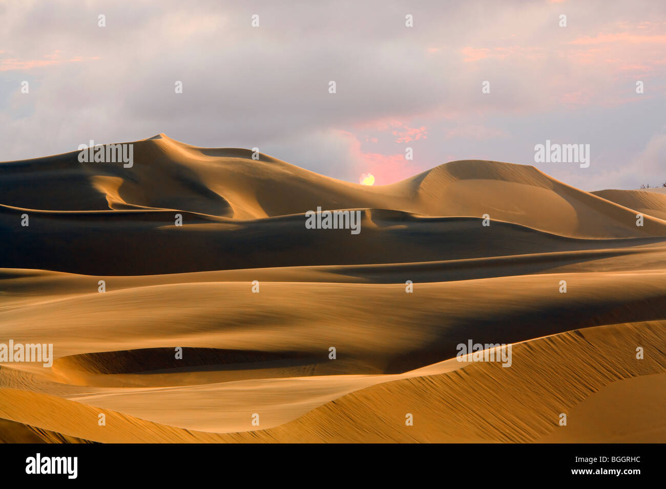 Dunes de sable, Sossusvlei, Désert du Namib, Namibie Photo Stock