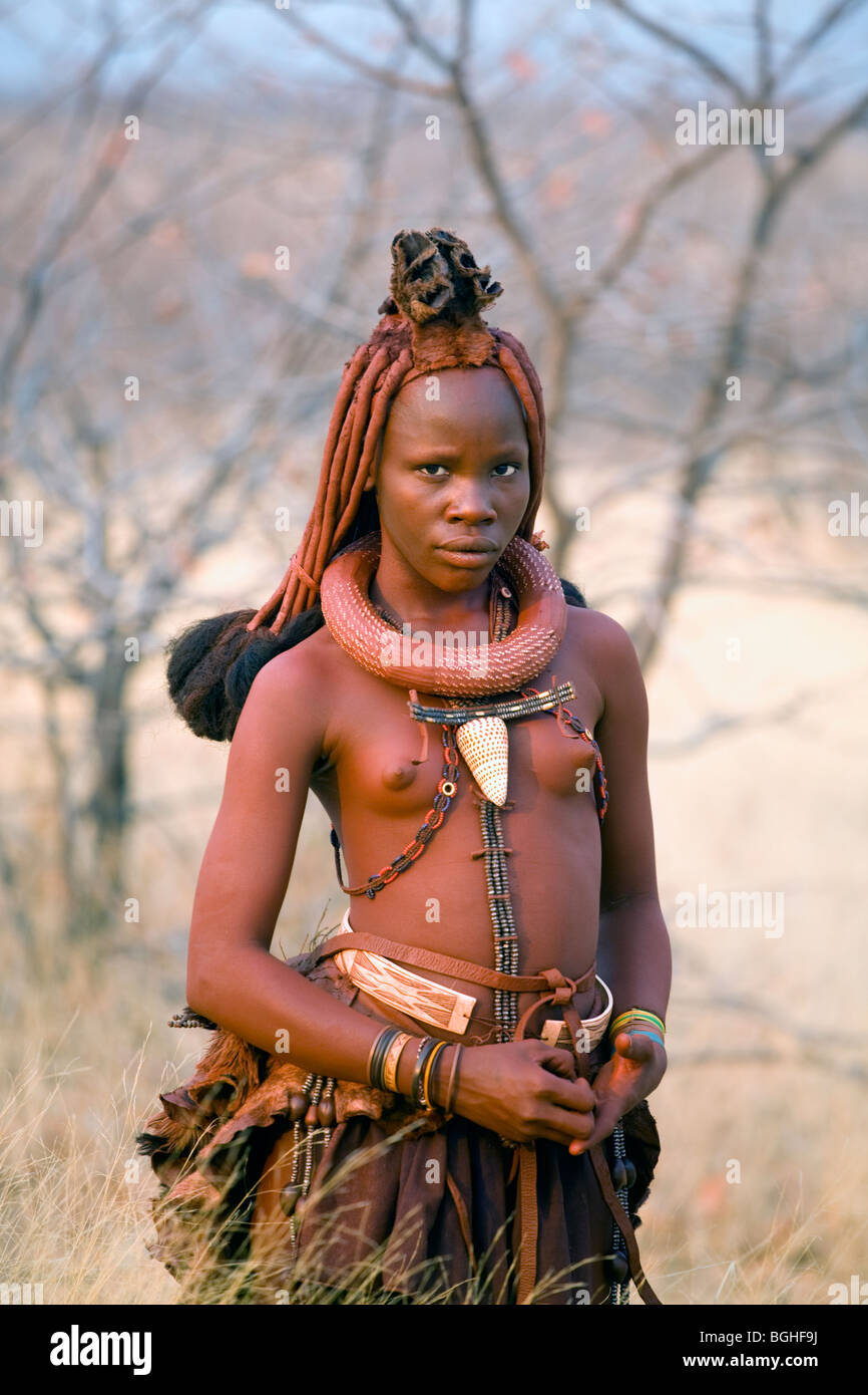 Jeune fille de la tribu Himba, Opuwo, Namibie Photo Stock