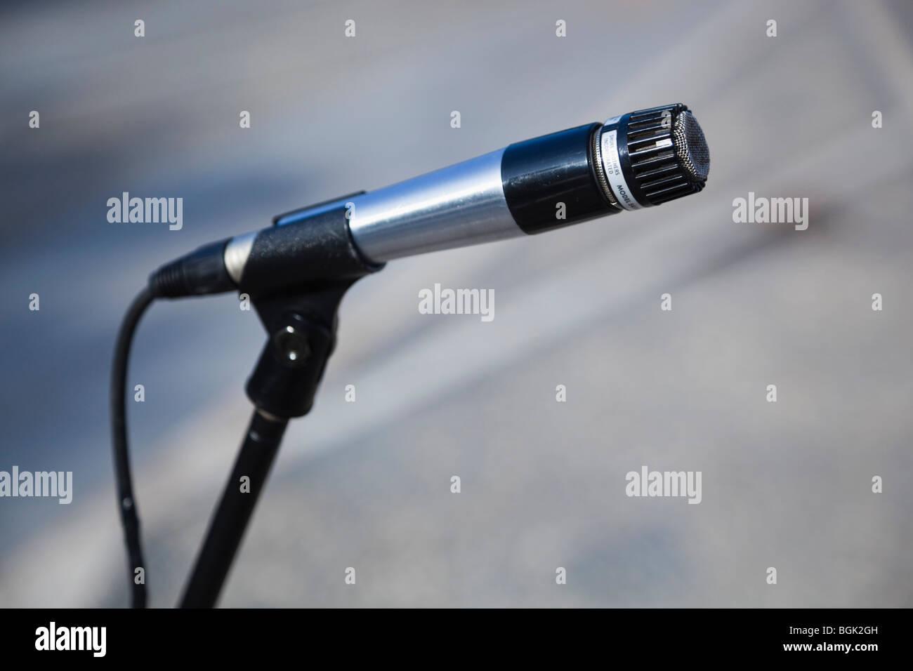 Sur le stand de microphone Photo Stock
