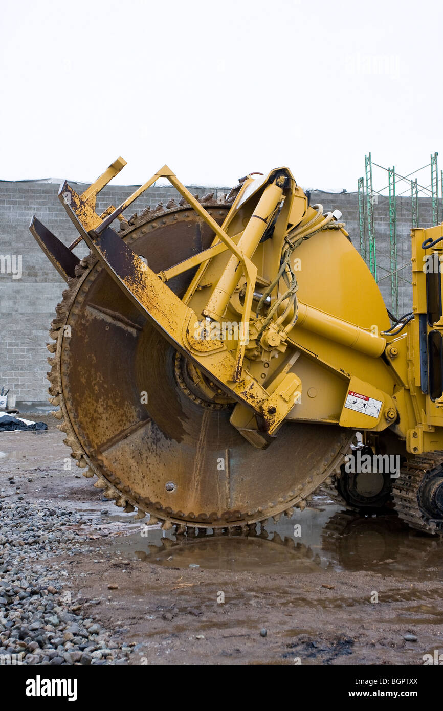 Vermeer trancheuse sur chantier de construction. Close up de la lame. Photo Stock