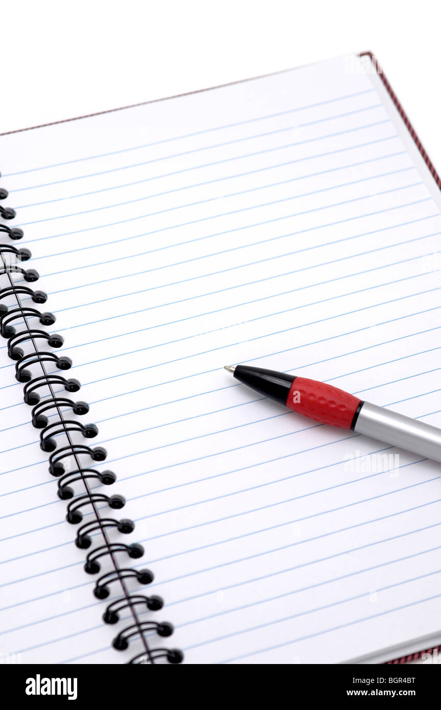 Bloc-notes avec stylo ouvert Photo Stock