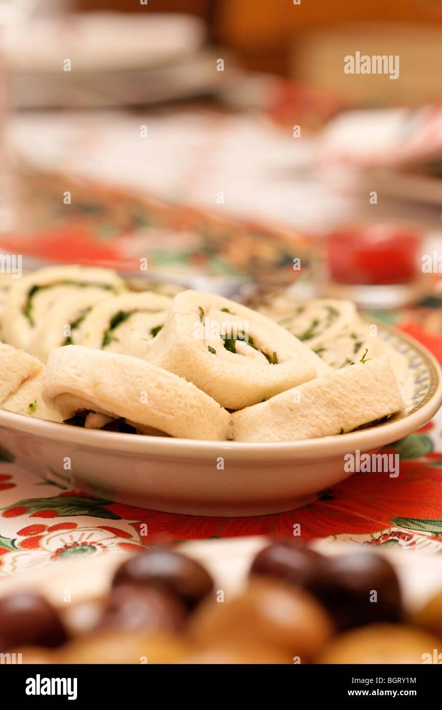 Démarreur traditionnel italien. Le jambon, la crème et les tomates. Photo Stock