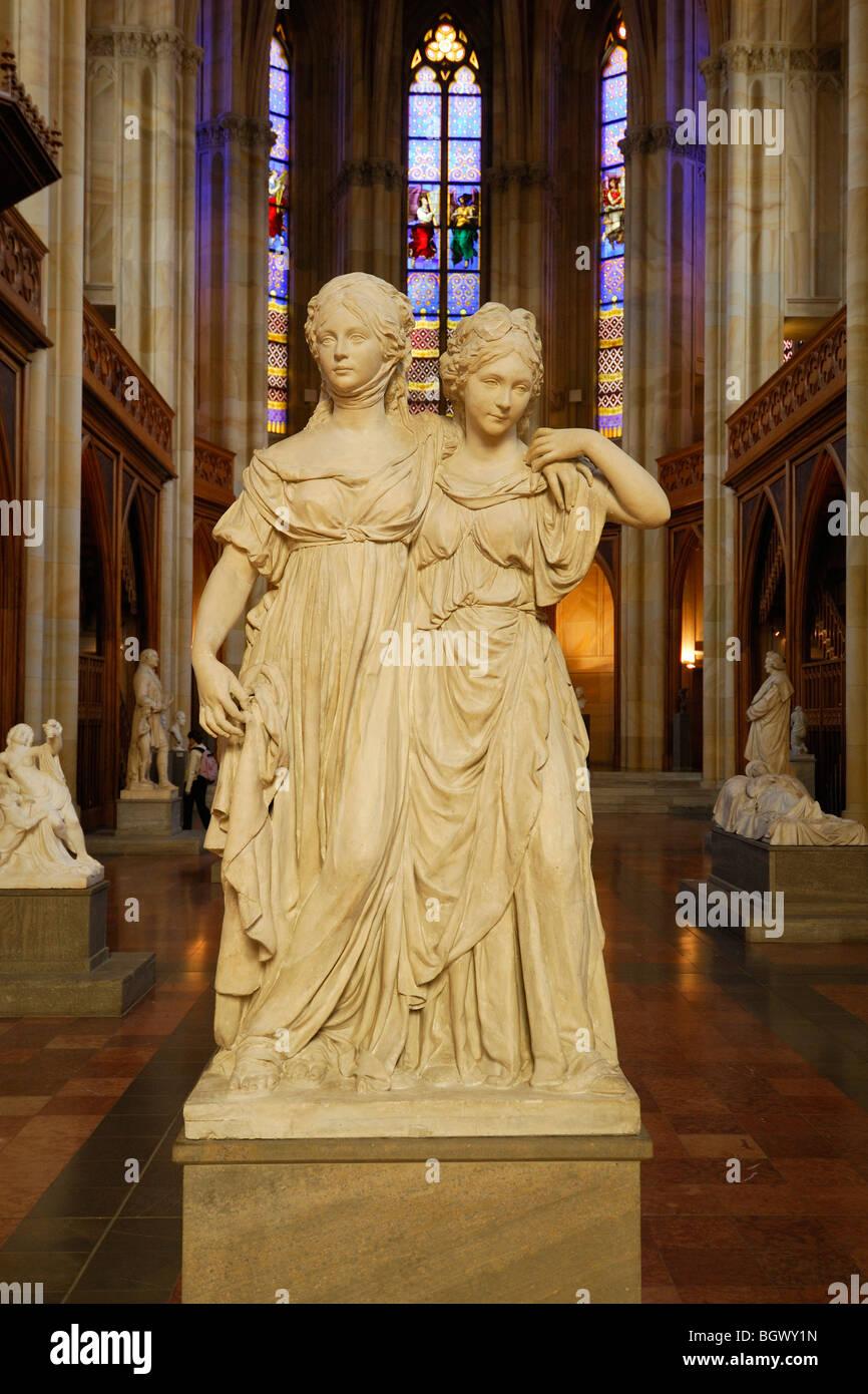 Berlin. L'Allemagne. Friedrichswerdersche Kirche aka Schinkel Museum. Johann Gottfried Schadow's sculpture de princesses de Prusse. Banque D'Images