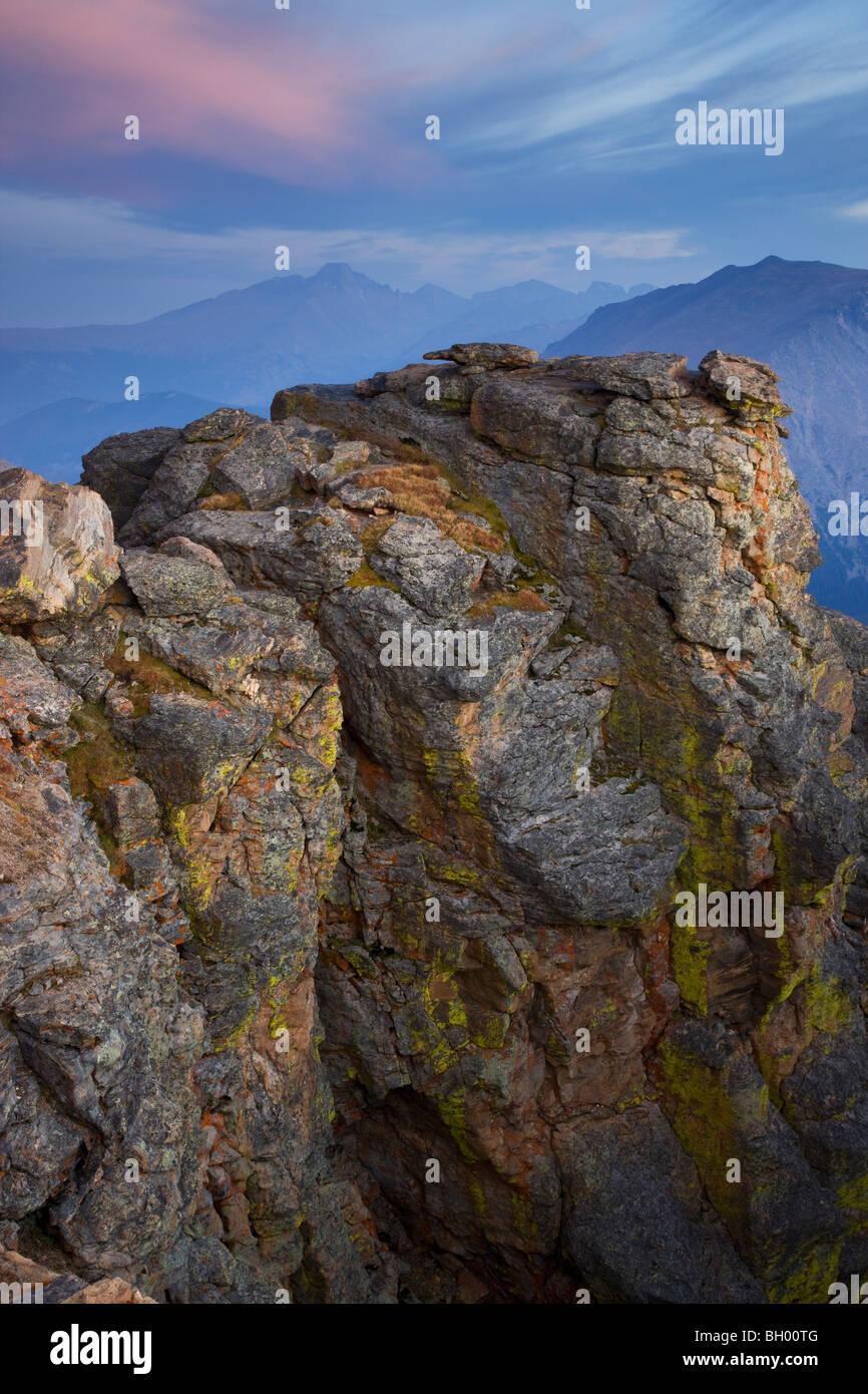 Rock coupé le long Trail Ridge Road, Rocky Mountain National Park, Colorado. Photo Stock