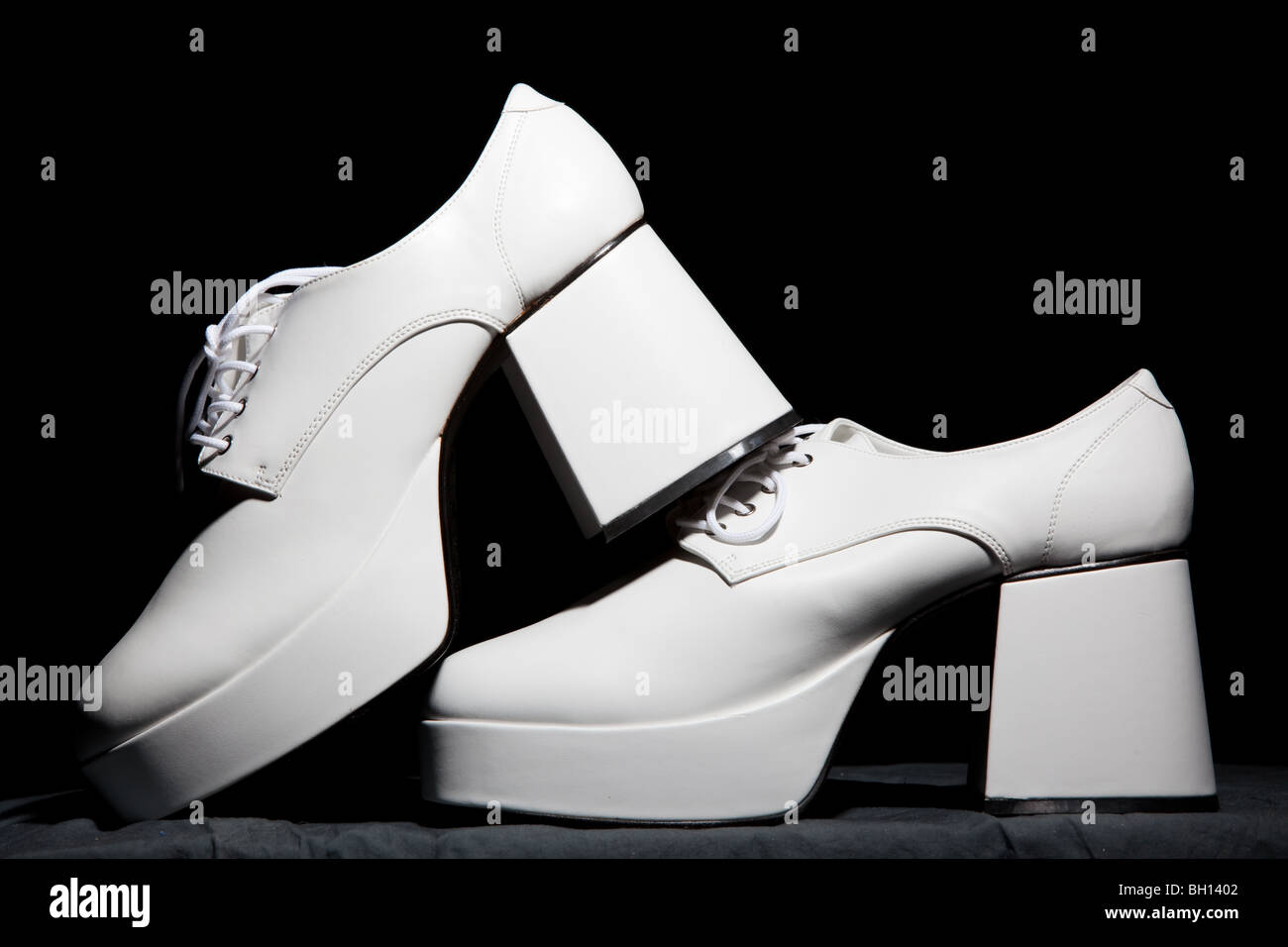 Chaussures hommes blanc Photo Stock