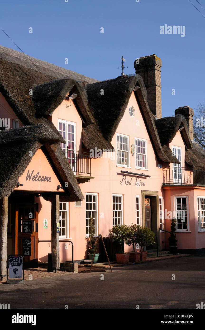 L'Angleterre, Cambridgeshire, le Red Lion Pub à Grantchester Photo Stock
