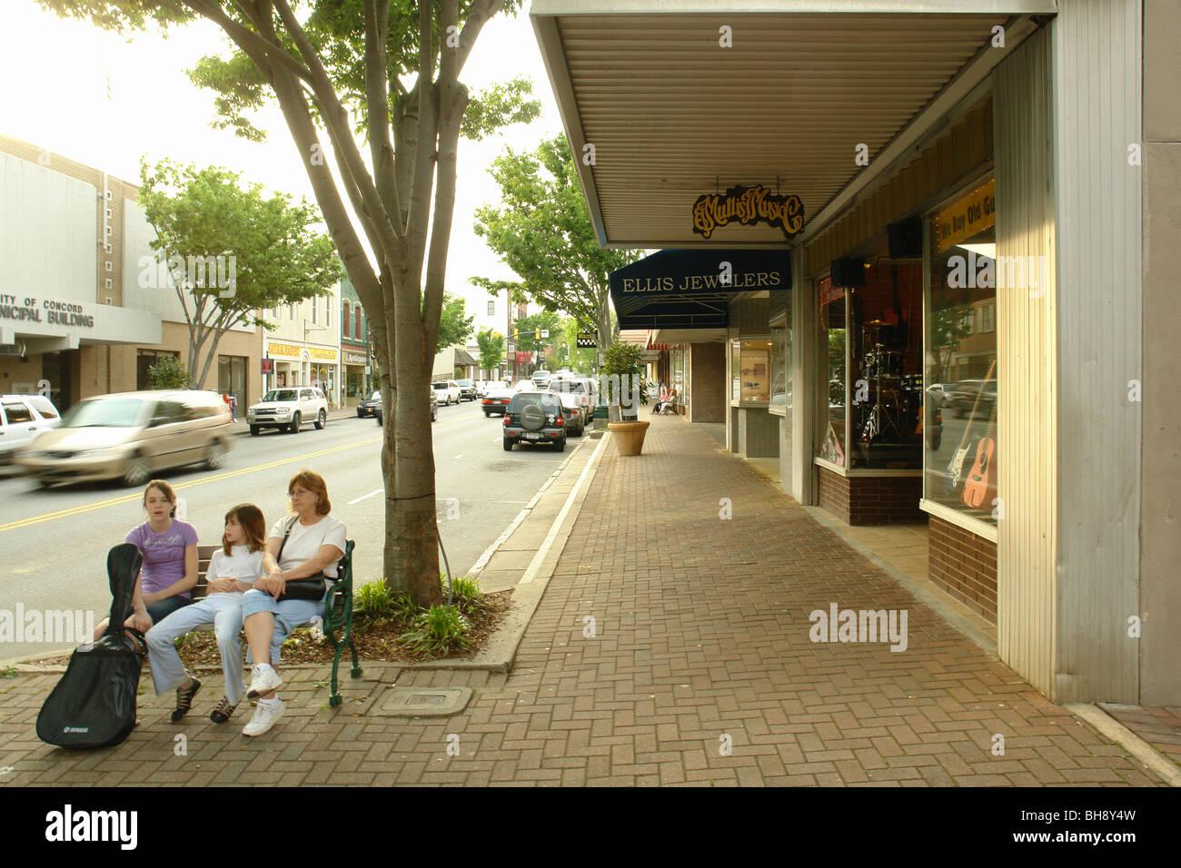 AJD64329, Albemarle, NC, Caroline du Nord, du centre-ville, rue principale Banque D'Images
