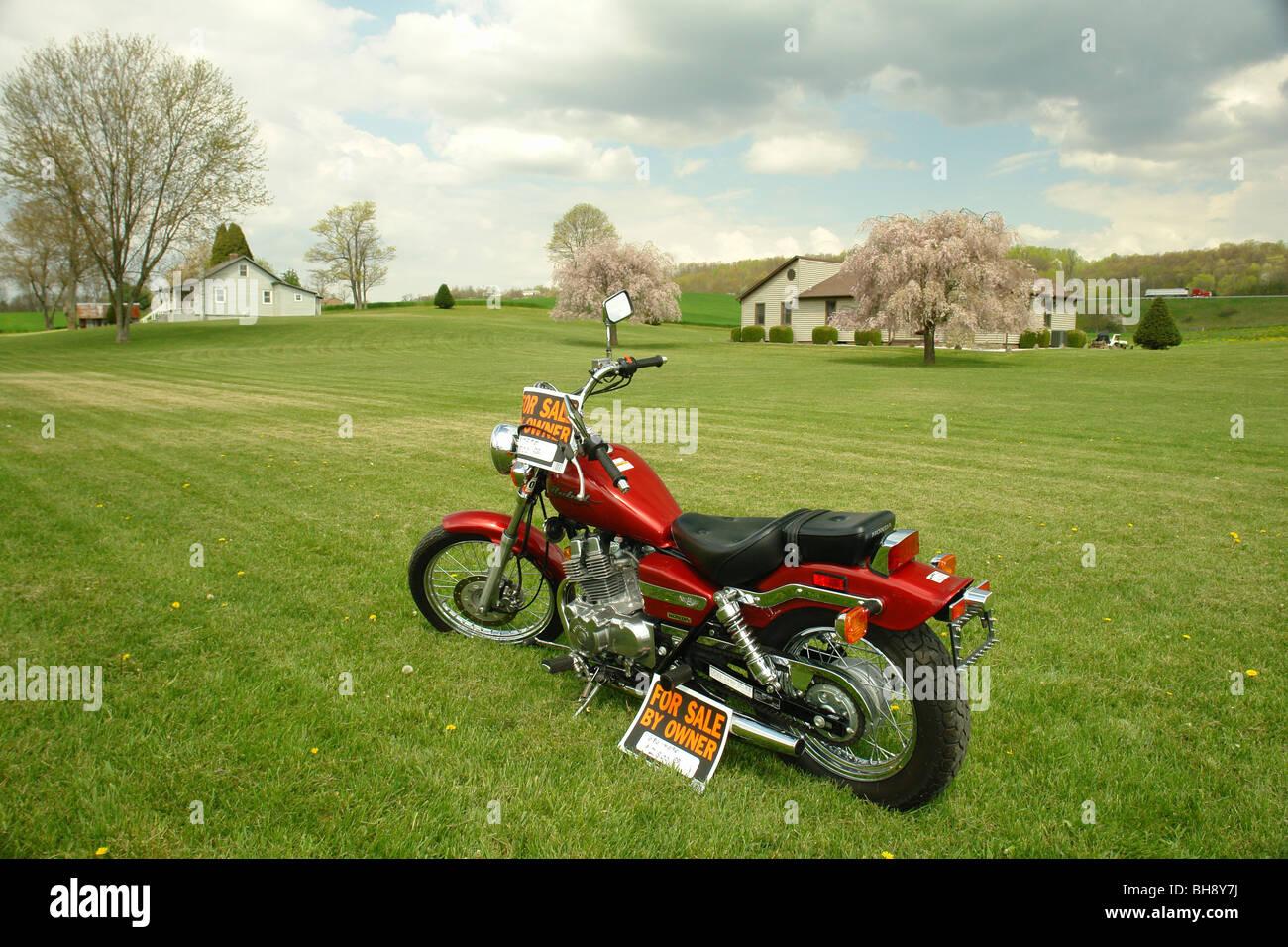 AJD64347, à vendre par propriétaire dans la cour avant, Virginie, Virginie Banque D'Images