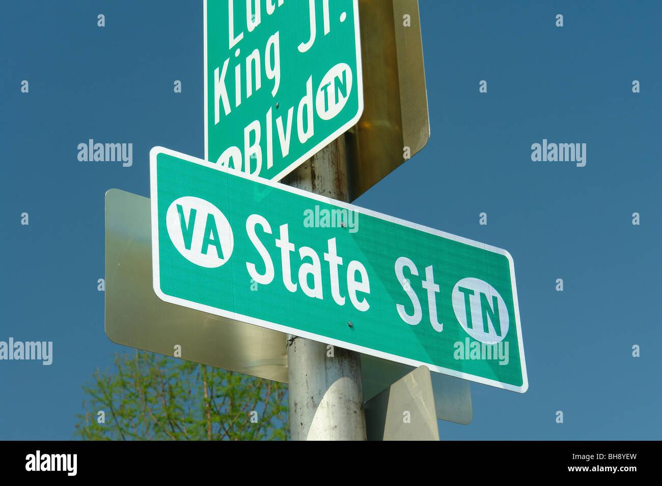 AJD64392, Bristol, VA, TN, Virginie, Maryland, du centre-ville historique, State Street, road sign Banque D'Images