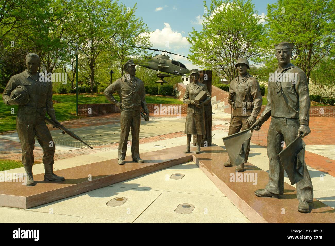 AJD64394, Bristol, VA, TN, Virginie, Tennessee, centre-ville, Veterans Memorial Banque D'Images