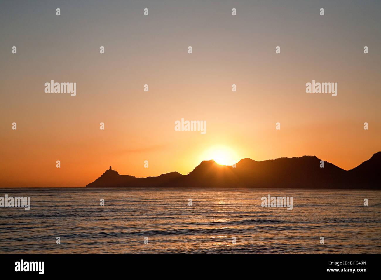Port de Dili au lever du soleil Banque D'Images