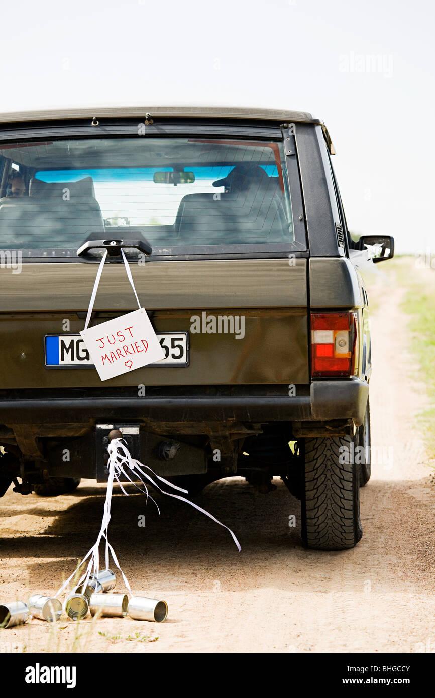 Signe juste marié sur véhicule Photo Stock