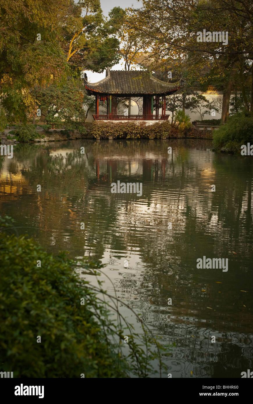 L'Humble Administrator's Garden, Suzhou, Jiangsu Province, China, Asia Photo Stock