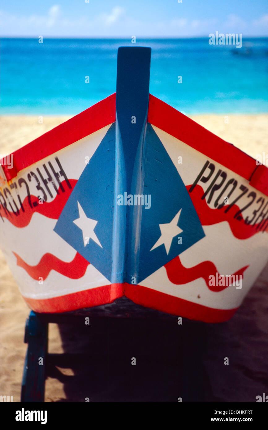 Vue rapprochée d'un bateau de pêche de Porto Rico Photo Stock