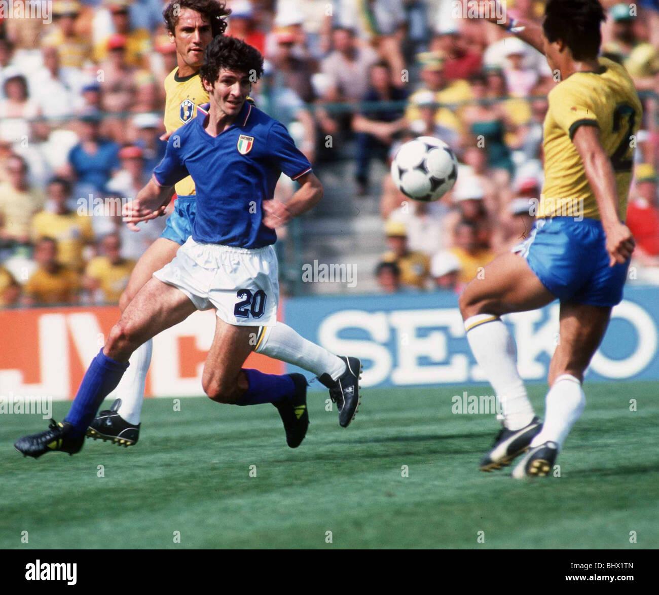Italie 3 br sil coupe du monde de football 1982 2 rossi oscar leandro banque d 39 images photo - Coupe du monde de football 1982 ...