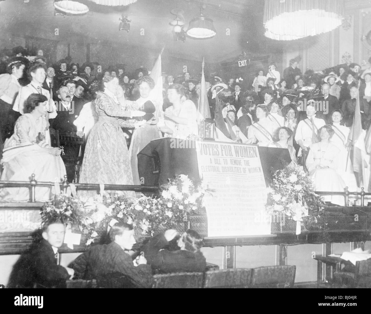 Emmeline Pankhurst, Langham Place, Londres, 14 janvier 1909. Artiste: Inconnu Banque D'Images