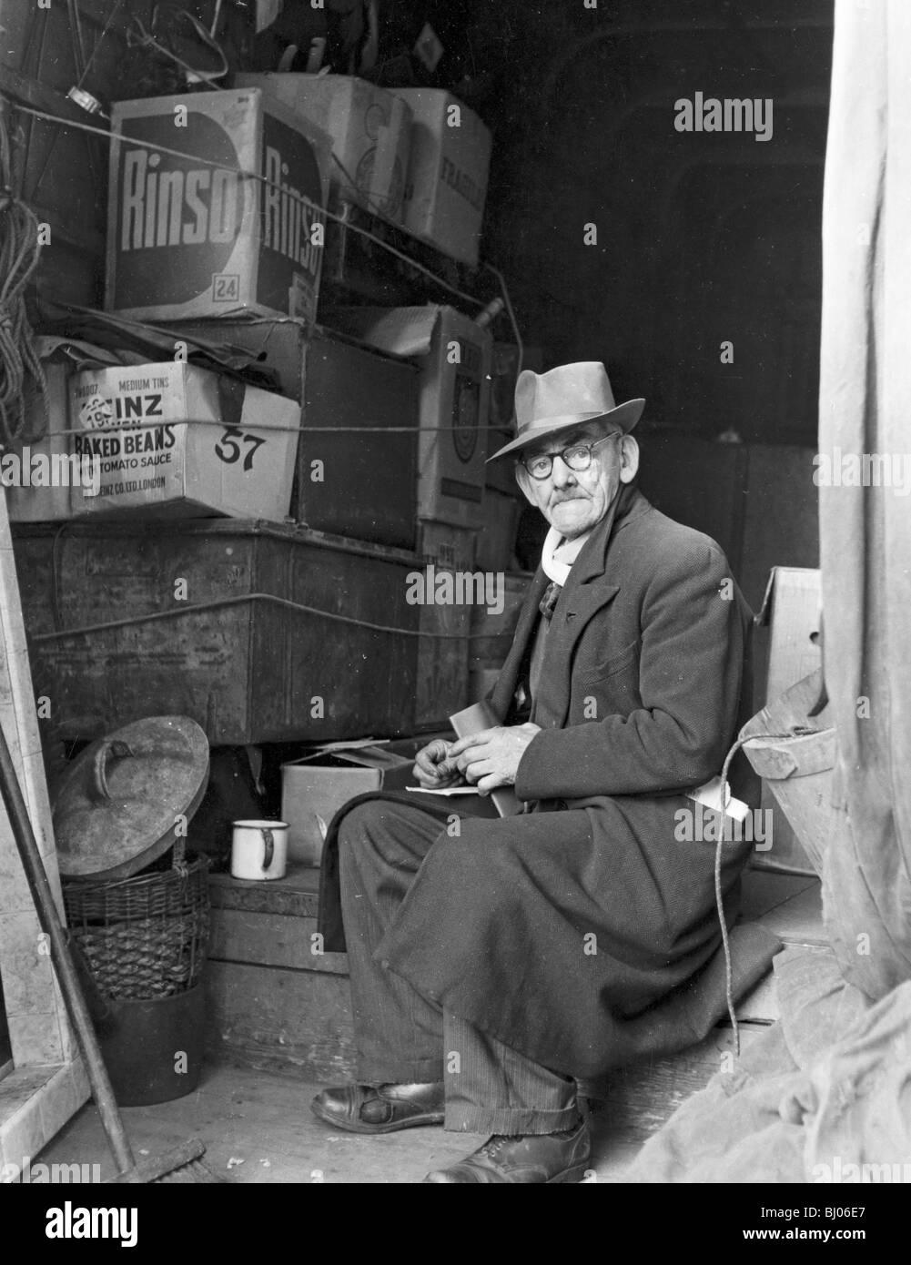 Camden Town, Londres, 1950. Artiste: Henry Grant Photo Stock