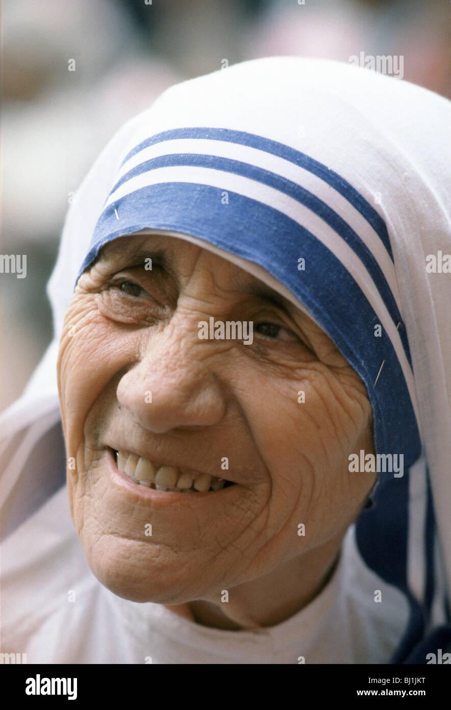 Mère Teresa de Calcutta à sa mission d'aide aux pauvres et affamés, Calcutta, Inde Photo Stock