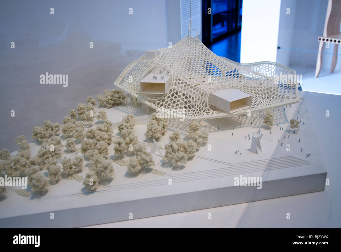 paris, france, modèle d'architecture sur l'affichage à l'intérieur