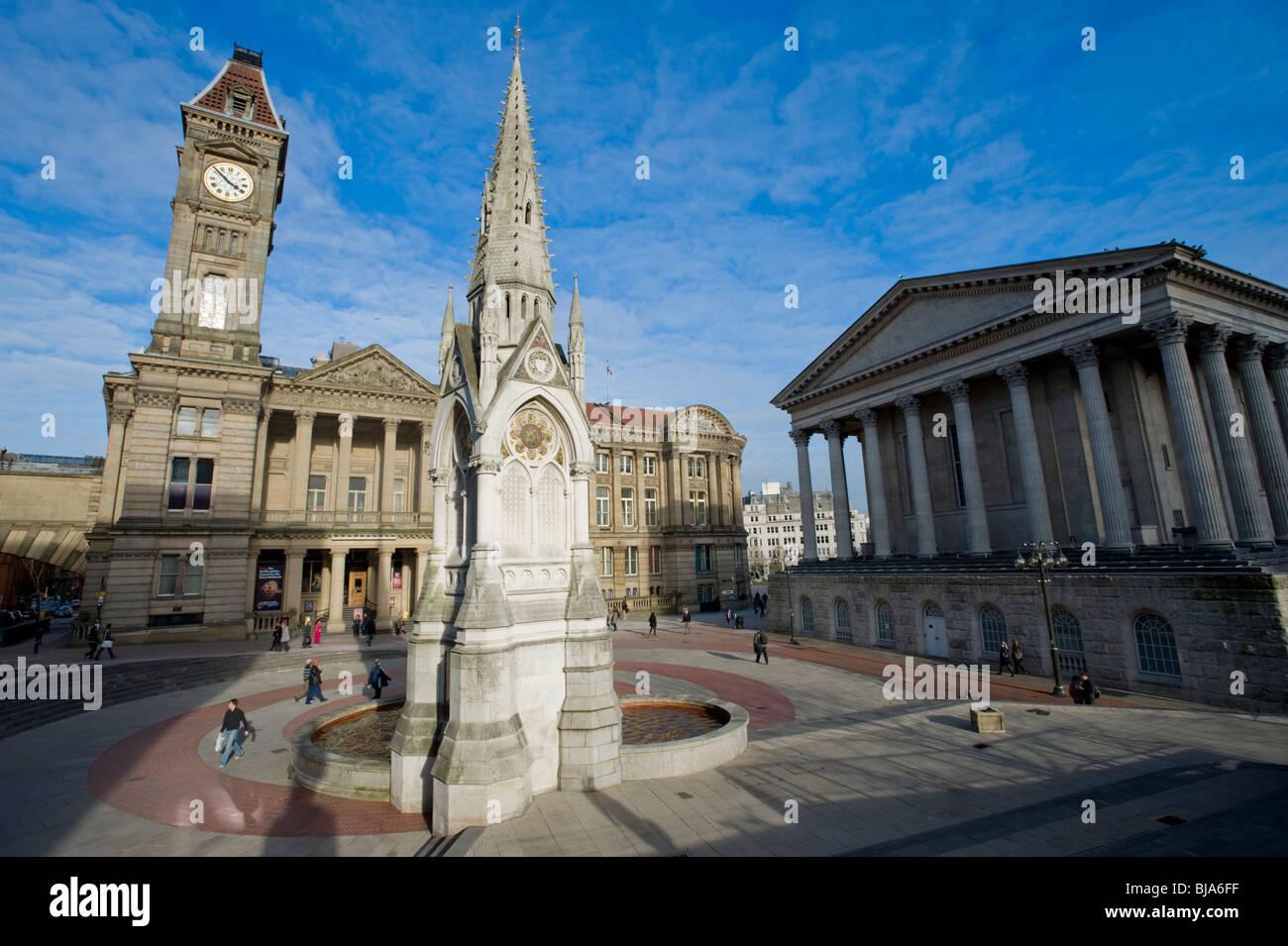 Chamberlain Square, Birmingham, Angleterre, Royaume-Uni. Montrant Le Chamberlain Memorial Fountain, le Birmingham Banque D'Images