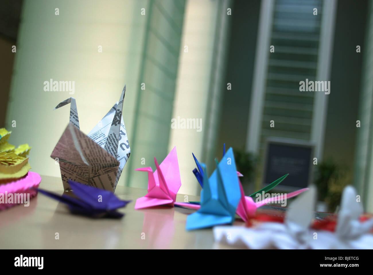 Origami en papier, symbole de la paix, mouvement japonais 'National Memorial Hall de la paix de Nagasaki, Japon Photo Stock