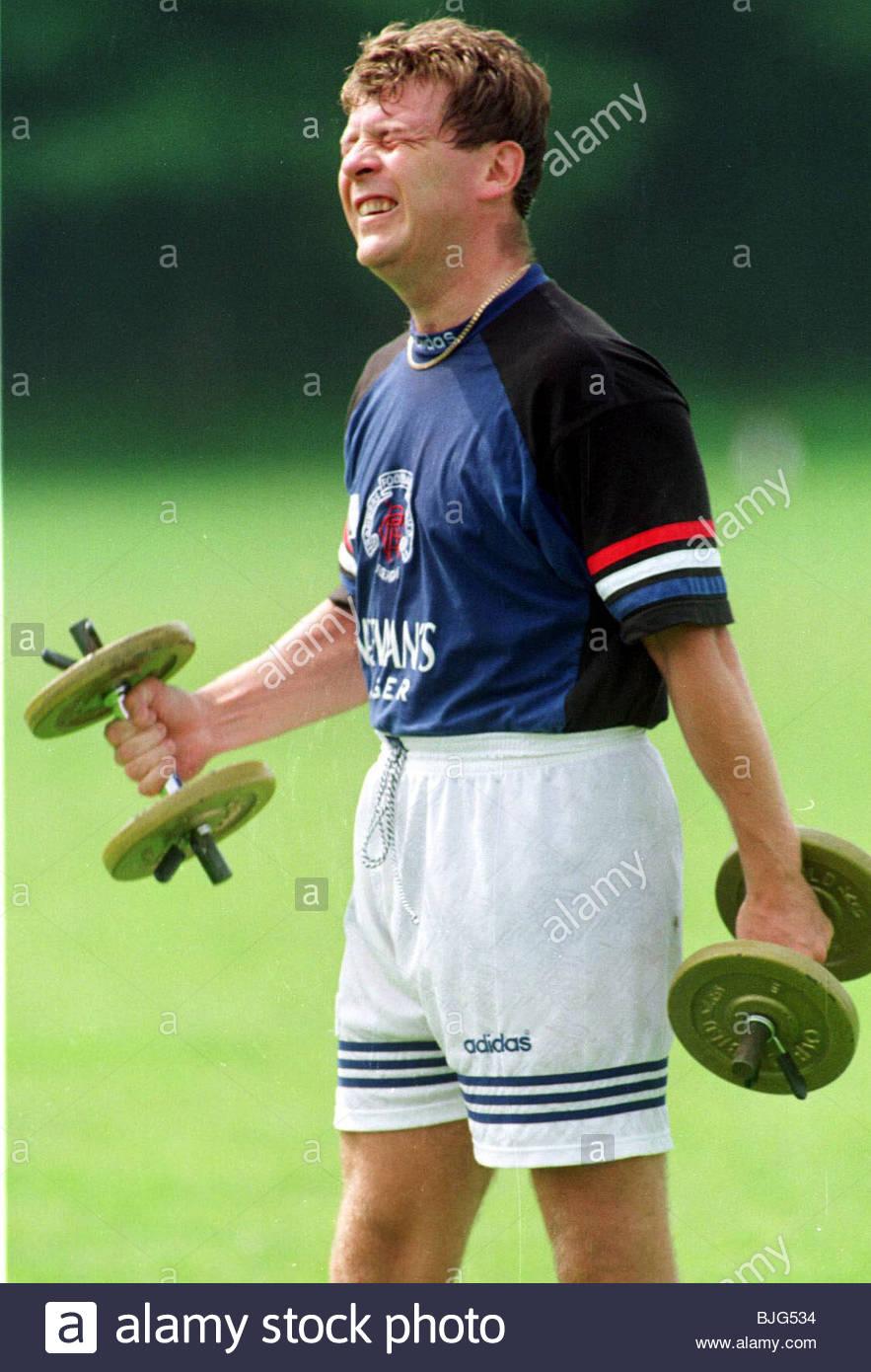 GLASGOW RANGERS Saison 1995/1996 DE LA FORMATION La formation de poids pour les Rangers gardien Andy Goram. Photo Stock