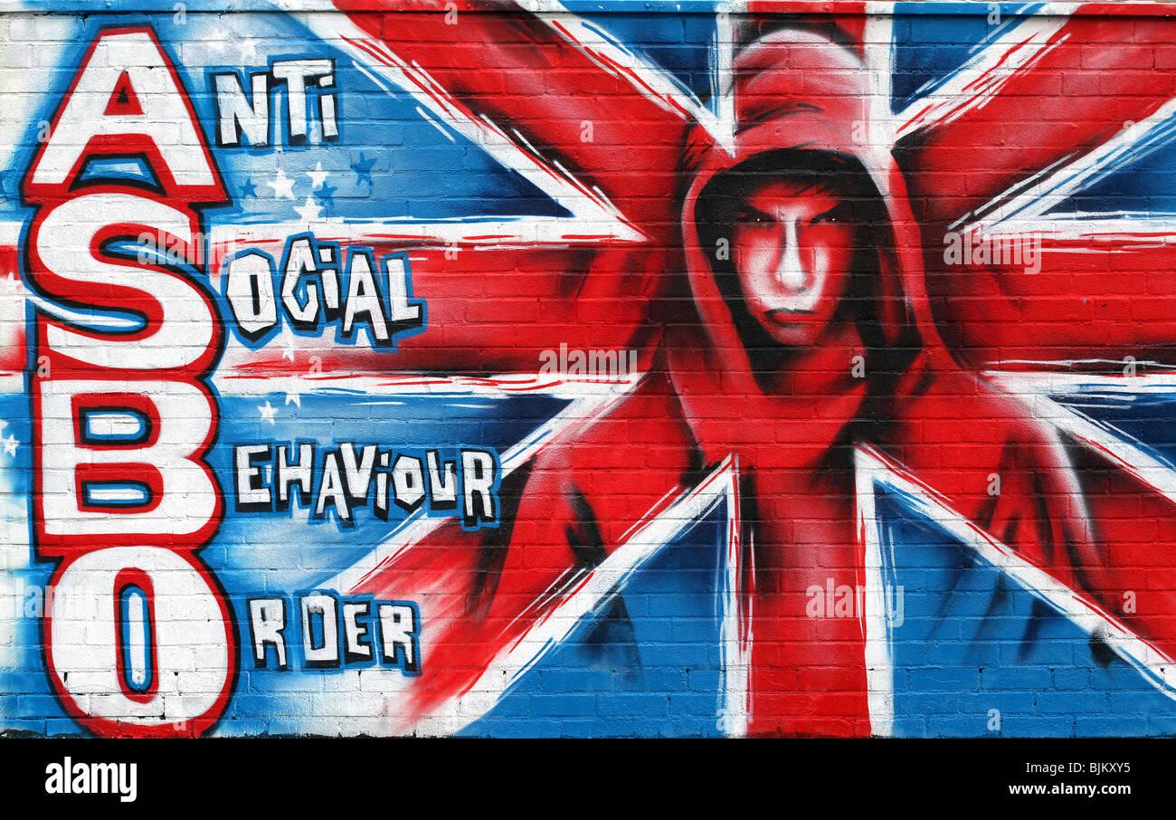 Par Mark Pic Passmore/ www.markpassmore.com. Graffiti d'une 'Hoodie' à l'ASBO mots repéré Photo Stock