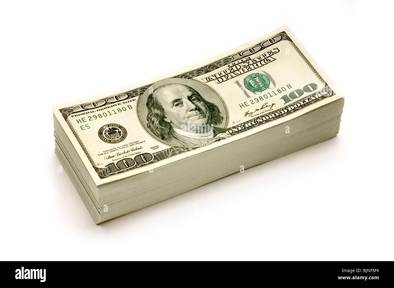 Pile de l'argent américain sur fond blanc Photo Stock