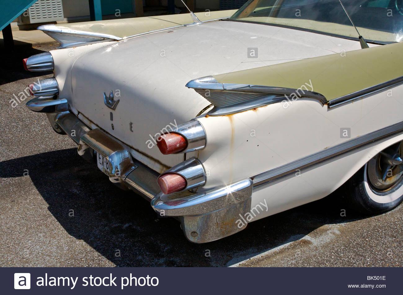 La voiture de martin luther king en face de la national civil rights museum memphis tennessee - Cars la coupe internationale de martin ...