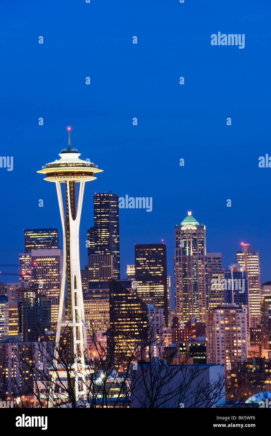 Édifices du centre-ville et de la Space Needle, Seattle, État de Washington, États-Unis d'Amérique, Photo Stock