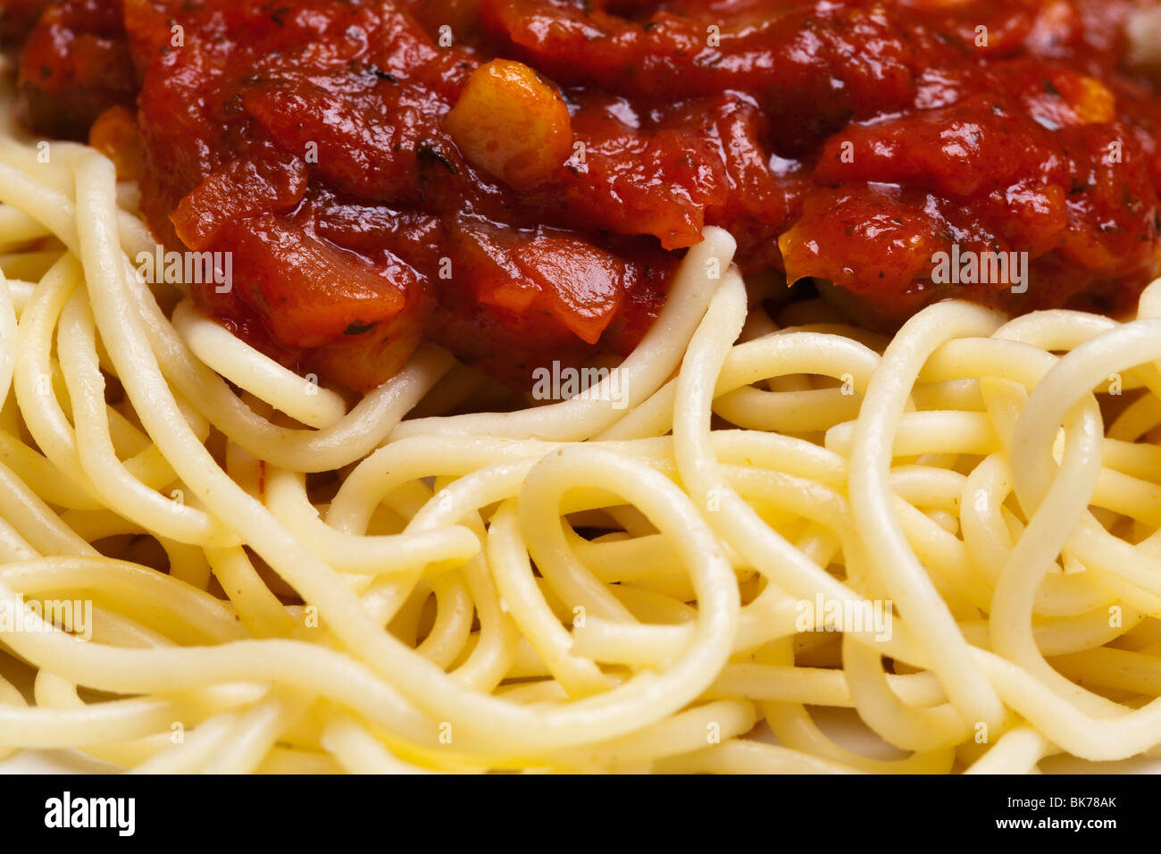 Spaghettis à la bolognaise, des plats italiens traditionnels Photo Stock