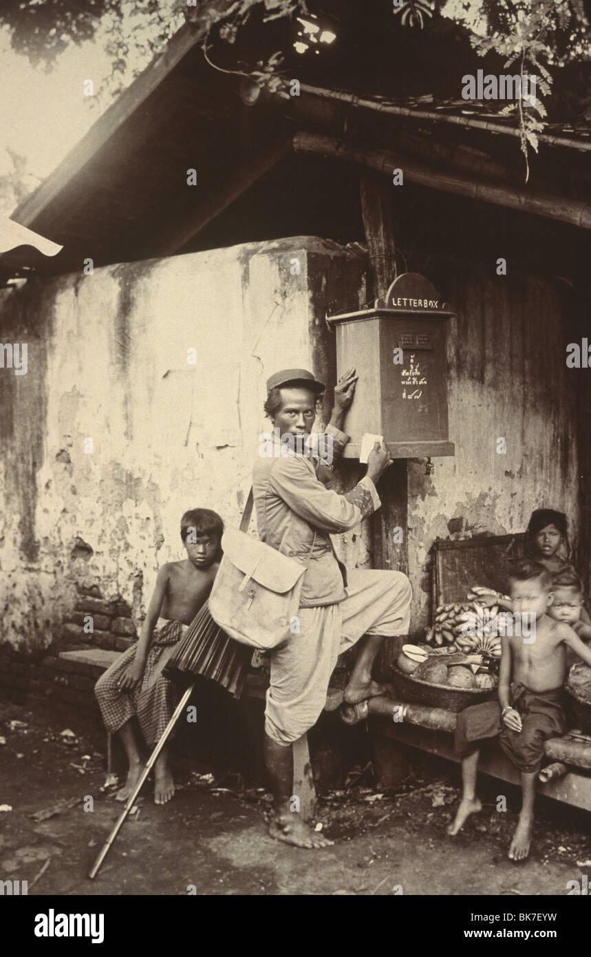 Photographie de la première post service en Thaïlande vers 1890, en Thaïlande, en Asie du Sud-Est, Photo Stock