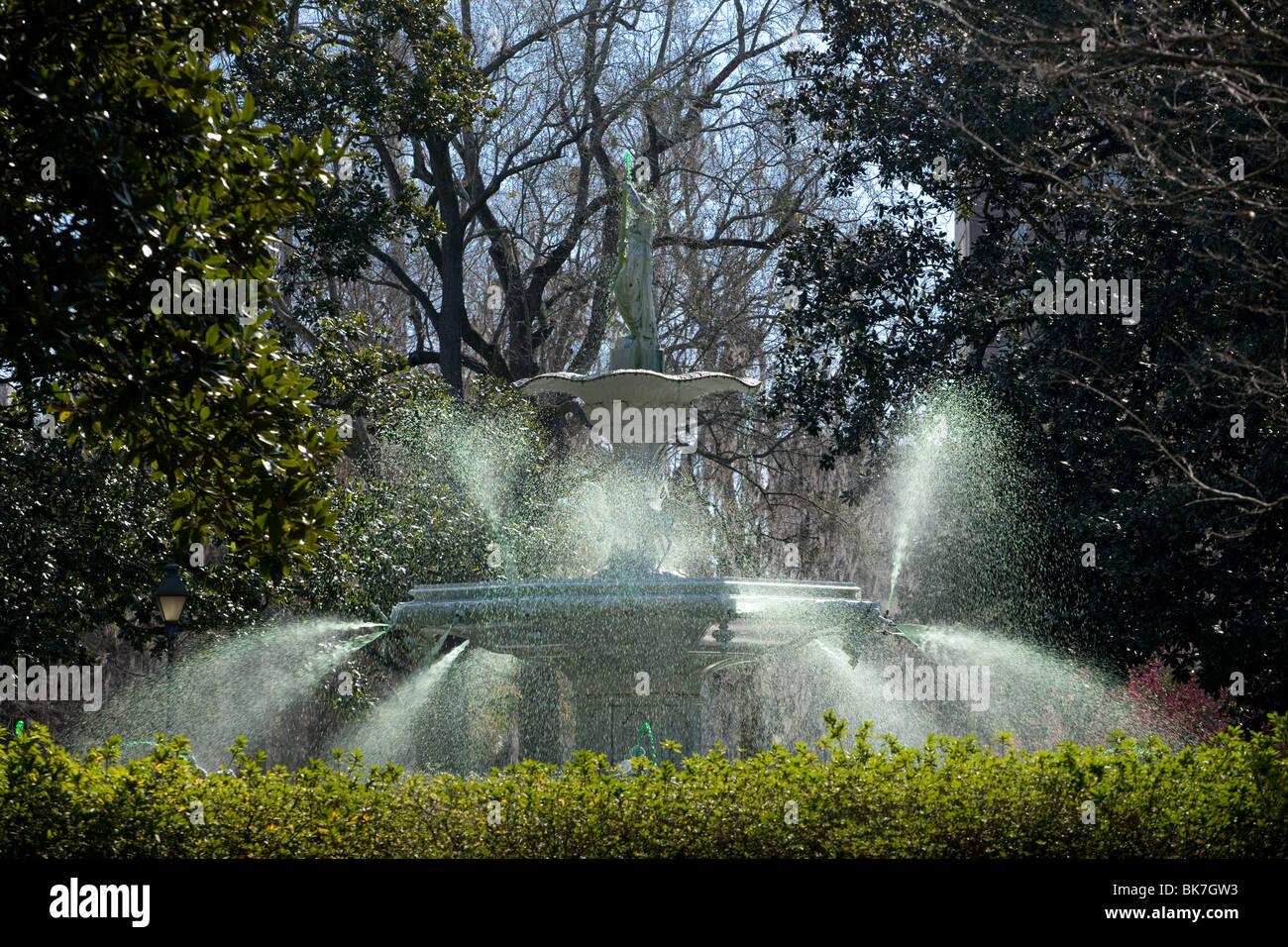 La grande fontaine à Forsyth Park, Savannah, Géorgie Banque D'Images