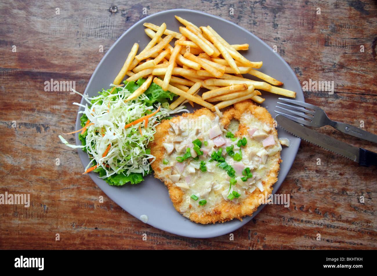Steak avec pommes de terre frites Photo Stock