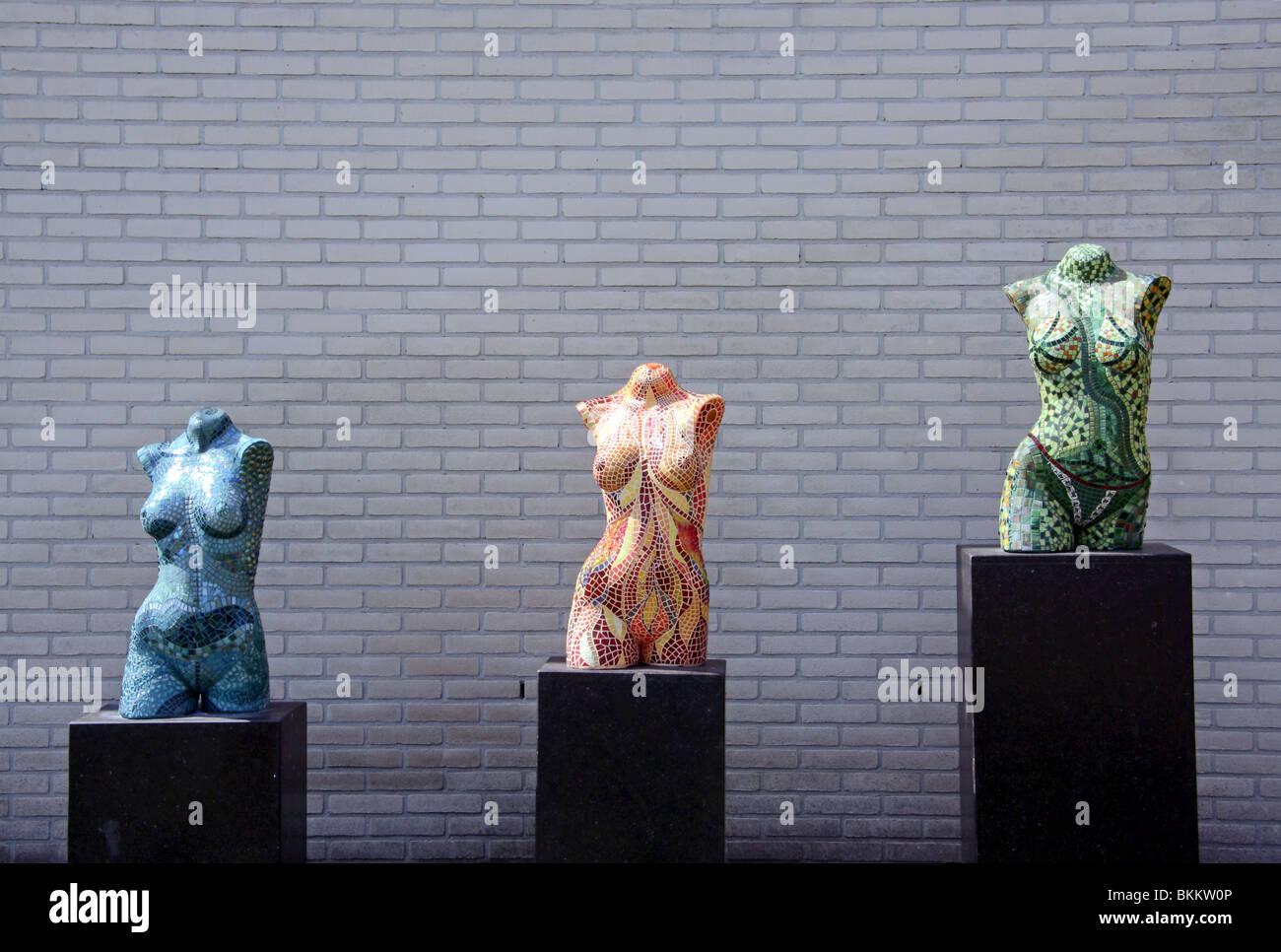 Torse Féminin exposition à la rapport annuel de printemps de l'Europe Pays-bas Keukenhof Jardins Banque D'Images