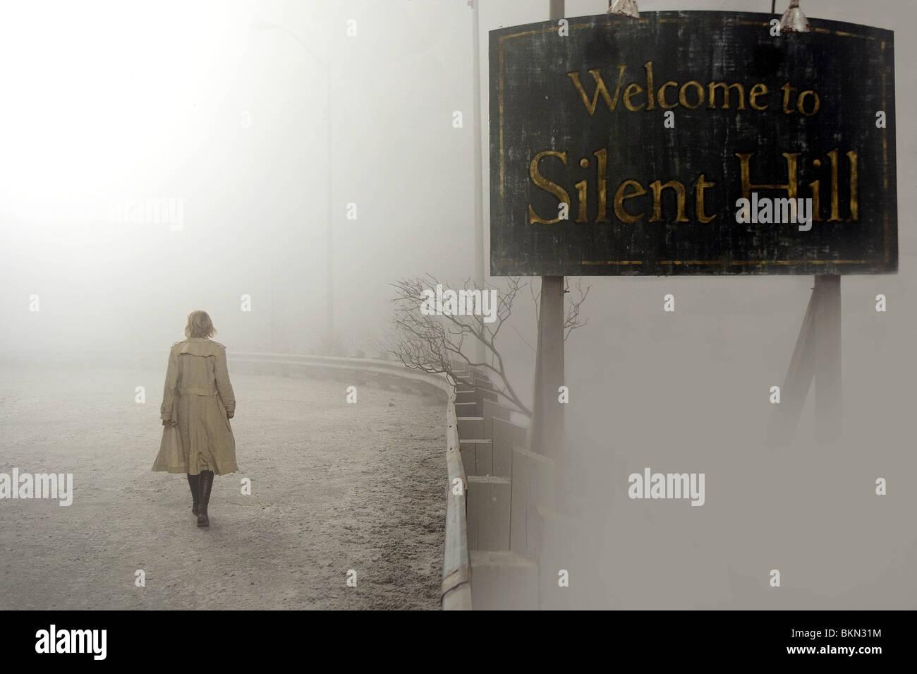 SILENT HILL (2006) RADHA MITCHELL - AD 001 SIHI Photo Stock