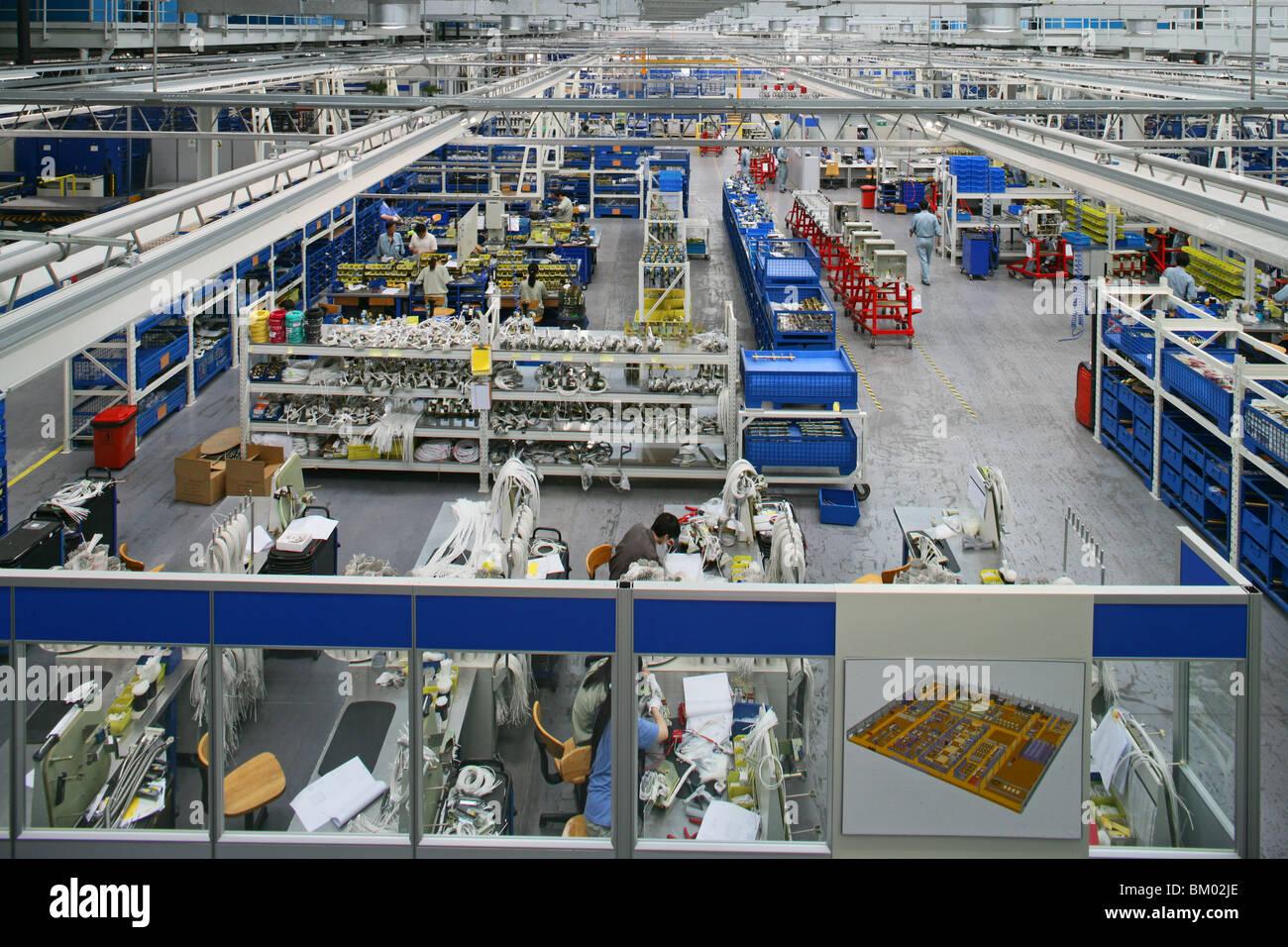 High-Tech, passer de la fabrication, hall Photo Stock