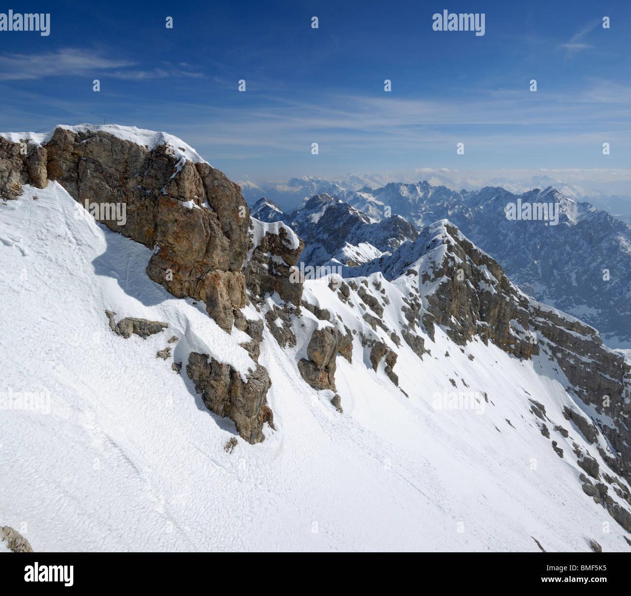 Vue de Alpes bavaroises de Zugspitze, Bavière, Allemagne Photo Stock