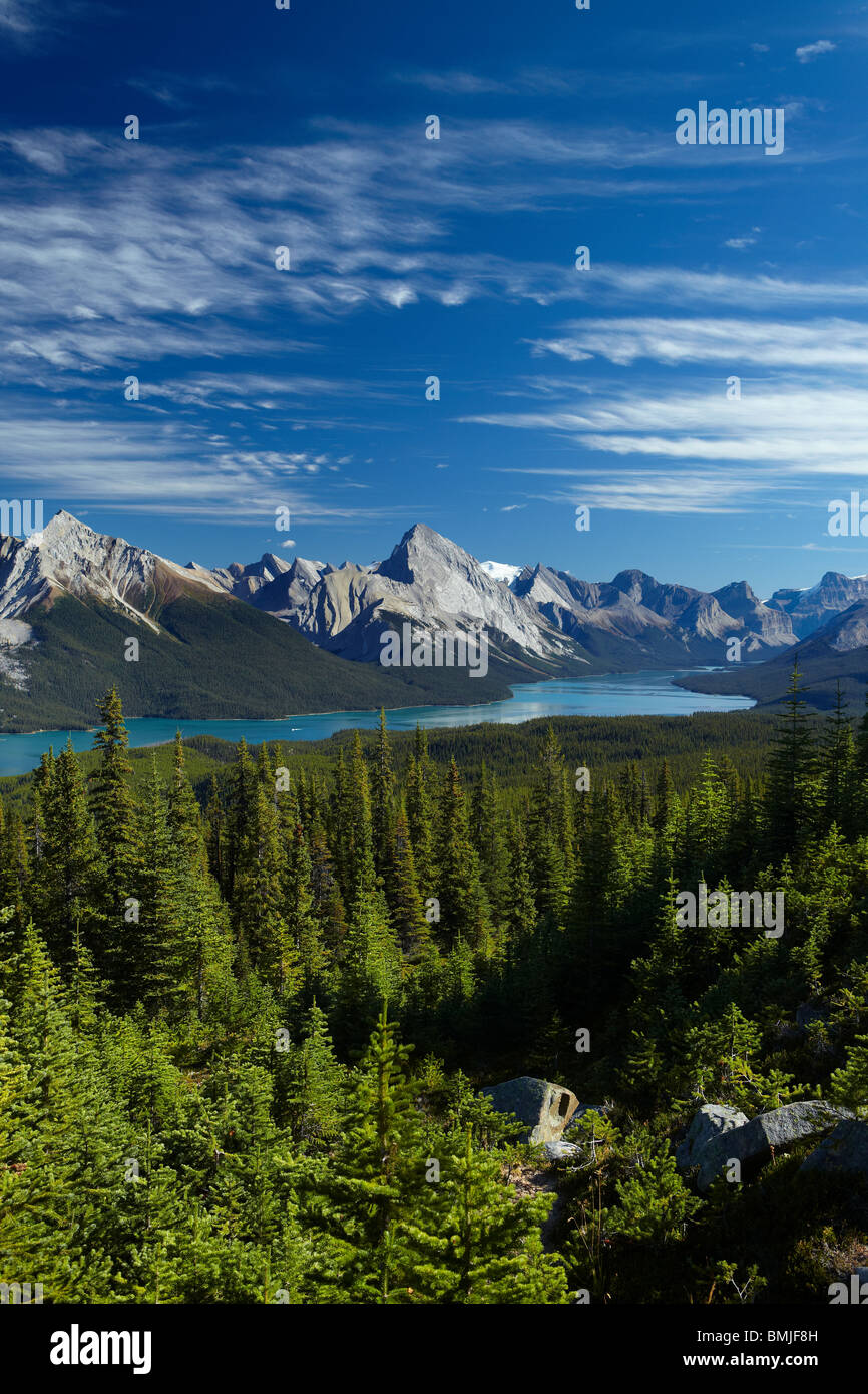 Lac Maligne de collines Bald, Jasper National Park, Alberta, Canada Photo Stock
