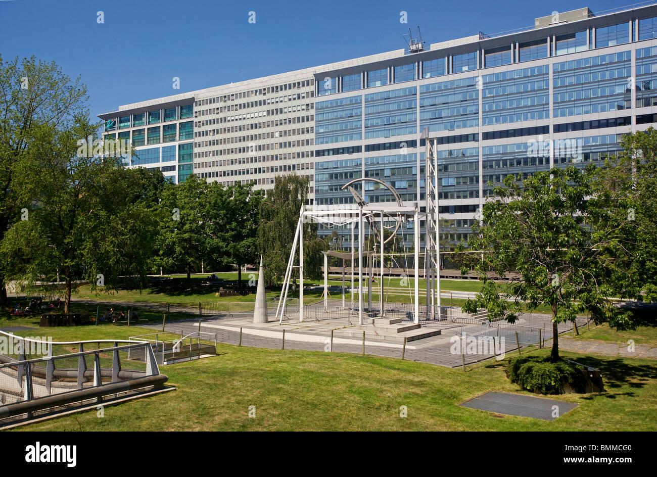 jardin atlantique la gare montparnasse paris france - Jardin Atlantique