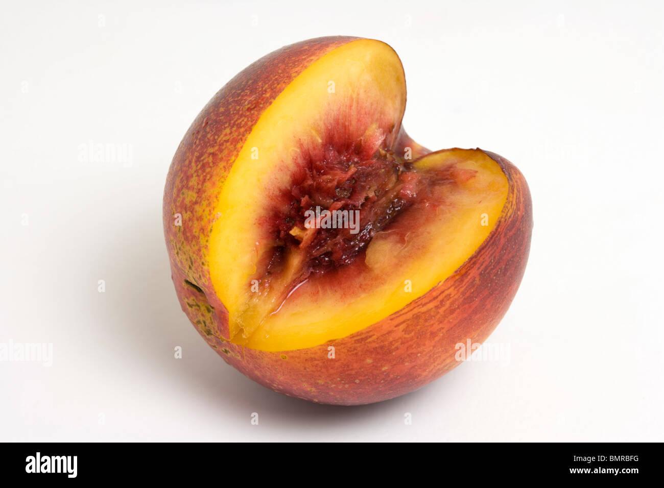 Les trois quarts de nectarines Photo Stock