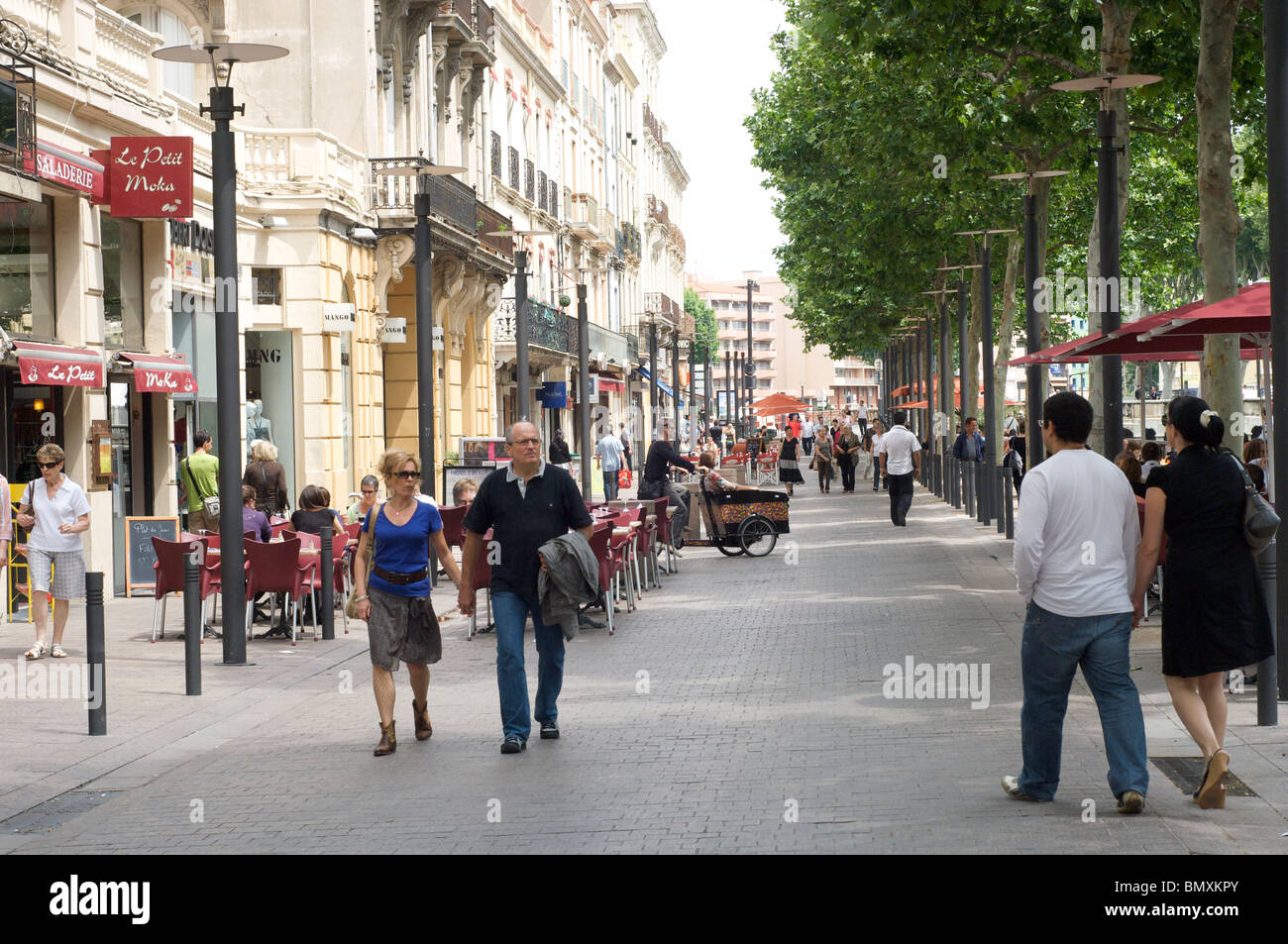 Scène de rue à Perpignan, Photo Stock