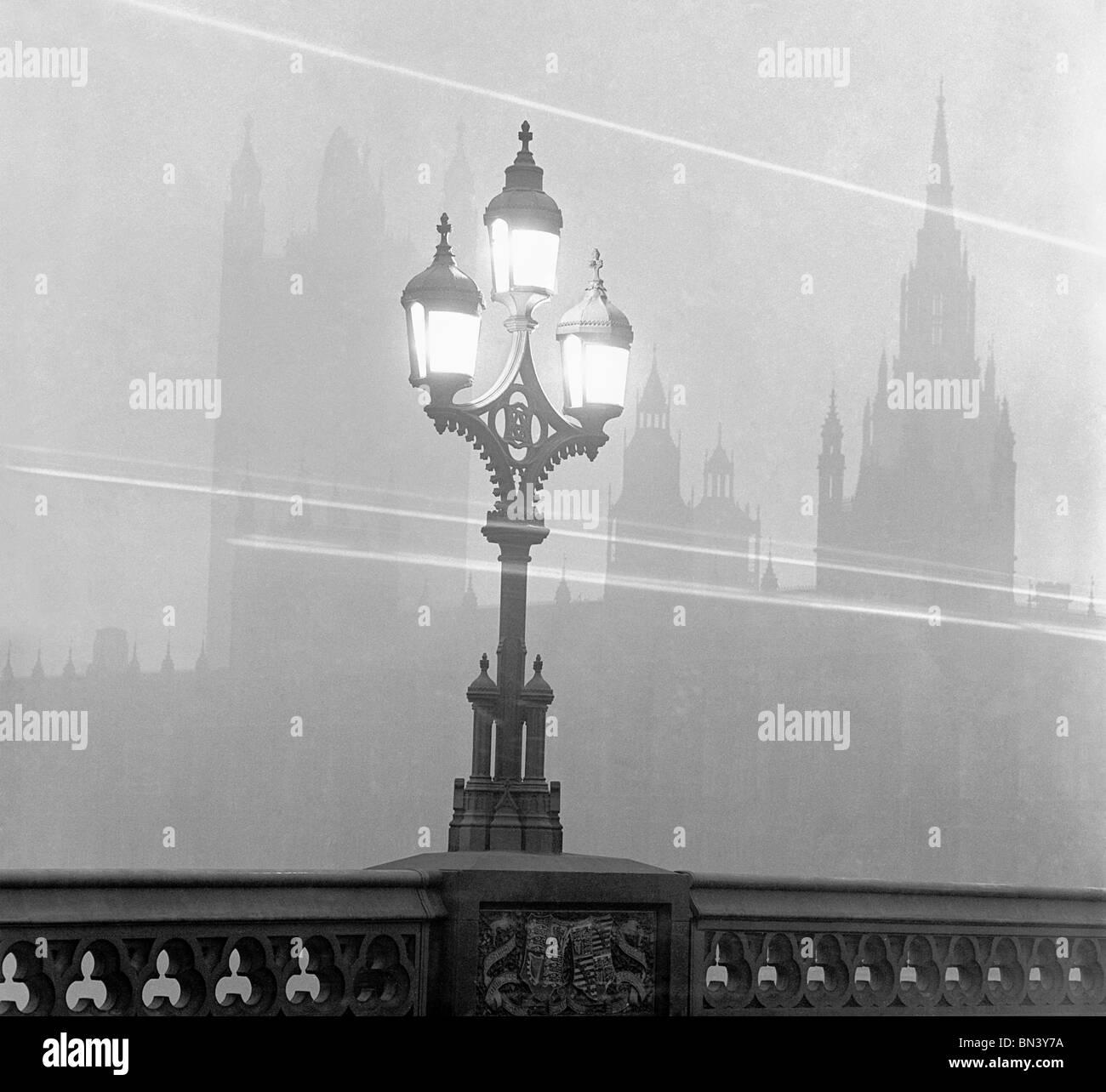 Streetlight, photo gay de John. Londres, Angleterre, 1940 Banque D'Images