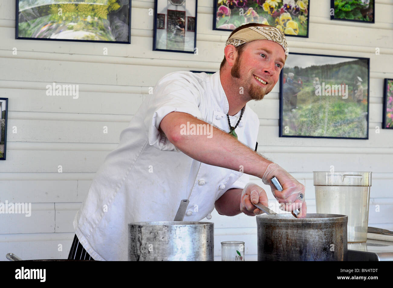 Young male Chef cuisinier, Photo Stock