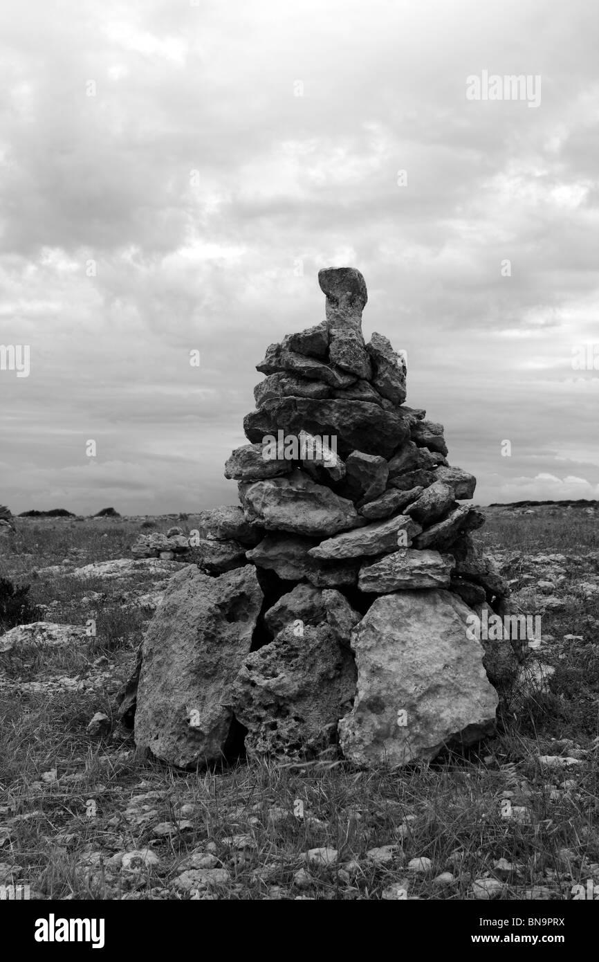 Désir des pierres pour faire un voeu, le vent l'île de Formentera Banque D'Images
