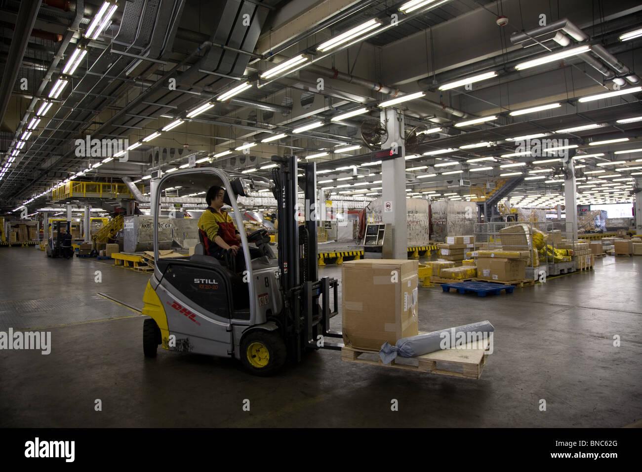 Centre logistique DHL entrepôt Hong Kong Photo Stock