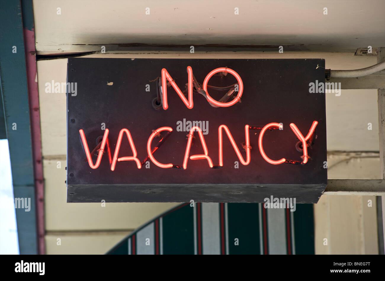 Pas de poste vacant en néon à l'extérieur de l'hôtel, Texas, États-Unis Banque D'Images