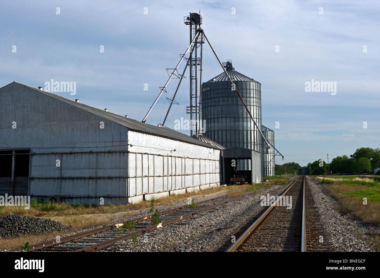 Les voies de chemin de fer dans la ville de Holland, un Américain du Texas Banque D'Images