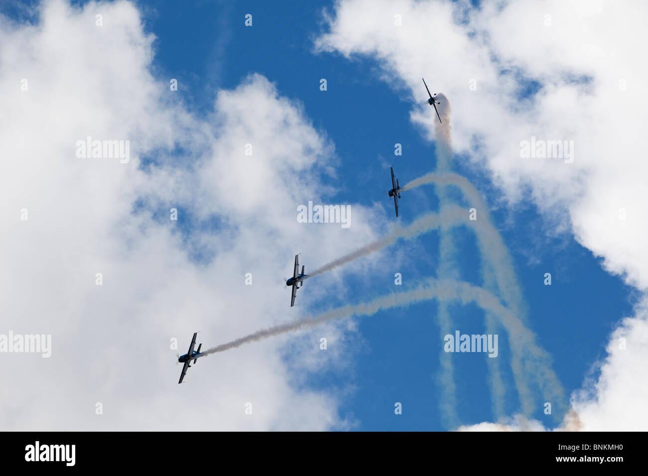 L'équipe de démonstration de vol acrobatique lames, UK Photo Stock